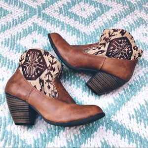 Qupid brown ankle boots southwestern Aztec tribal